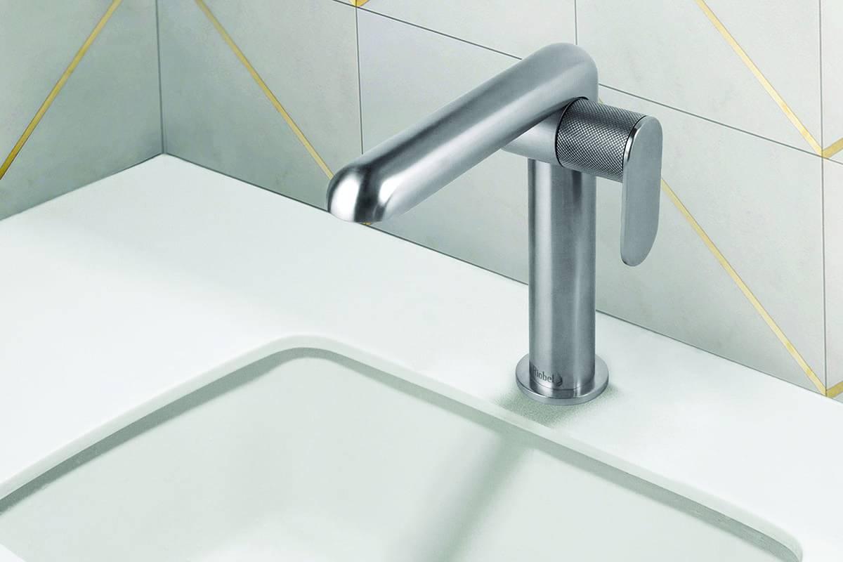 benhuot-robinet salle de bain inox droit