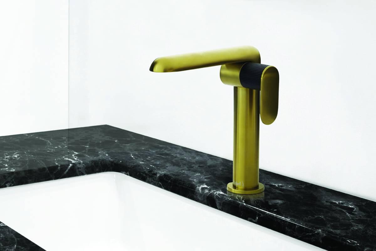 benhuot-robinet salle de bain doré